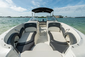 24 ft. Stingray Boats 234LR w/150 4-S Mercury Bow Rider Boat Rental Miami Image 20
