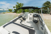 24 ft. Stingray Boats 234LR w/150 4-S Mercury Bow Rider Boat Rental Miami Image 22