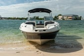 24 ft. Stingray Boats 234LR w/150 4-S Mercury Bow Rider Boat Rental Miami Image 7