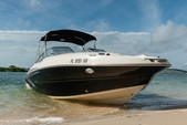 24 ft. Stingray Boats 234LR w/150 4-S Mercury Bow Rider Boat Rental Miami Image 6