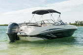 24 ft. Stingray Boats 234LR w/150 4-S Mercury Bow Rider Boat Rental Miami Image 2