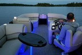 22 ft. Misty Harbor 2285CS Biscayne Bay Pontoon Boat Rental Miami Image 9