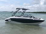 19 ft. Yamaha AR190  Bow Rider Boat Rental Miami Image 11