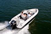 20 ft. Bayliner 17 Bowrider  Bow Rider Boat Rental Sarasota Image 1