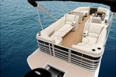 23 ft. Vectra Pontoon Cruiser Boat Rental Austin Image 3