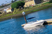 18 ft. Four Winns Boats Horizon RX  Bow Rider Boat Rental Los Angeles Image 3