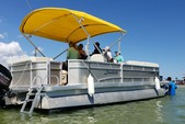 24 ft. Other 2486 Pontoon Boat Pontoon Boat Rental Miami Image 14