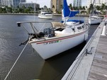 25 ft. Catalina 25 Fixed Keel Sloop Boat Rental West Palm Beach  Image 5