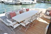 105 ft. Leopard Leopard Cruiser Boat Rental Miami Image 8