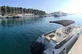 23 ft. karnic 2251 Open Walkaround Boat Rental Općina Trogir Image 2