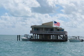 28 ft. Lexington 527 Pontoon Pontoon Boat Rental Miami Image 14