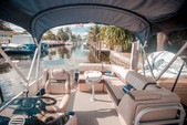 20 ft. Sun Tracker by Tracker Marine Party Barge 20 DLX w/90ELPT 4-S Pontoon Boat Rental Miami Image 2