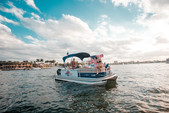 20 ft. Sun Tracker by Tracker Marine Party Barge 20 DLX w/90ELPT 4-S Pontoon Boat Rental Miami Image 25