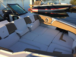 30 ft. Four Winns Boats H290 Bow Rider Boat Rental Boston Image 2