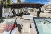 29 ft. Sea Ray Boats 290 Sundeck Cruiser Boat Rental Miami Image 4