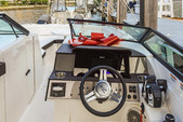 29 ft. Sea Ray Boats 290 Sundeck Cruiser Boat Rental Miami Image 7