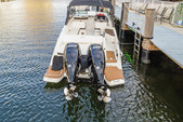 29 ft. Sea Ray Boats 290 Sundeck Cruiser Boat Rental Miami Image 11