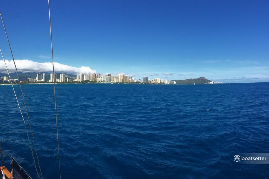 Rent a Clark catamaran in Honolulu, HI near me