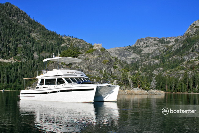 Rent a Power catamaran in Tahoe City, CA near me