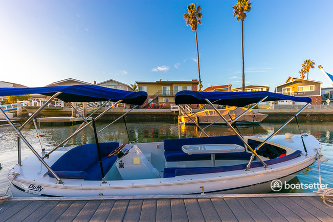 Rent A 2000 18 Ft Duffy Electric Boats 18 Classic In Newport Beach Ca On Boatsetter