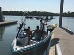 20 ft. Malibu Boats Malibu Echelon LX Ski And Wakeboard Boat Rental Fort Myers Image 3