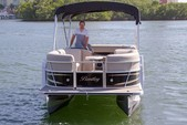 "22 ft. 24"" Bentley Pontoon Boat Pontoon Boat Rental Miami Image 5"