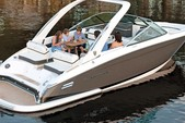 29 ft. Regal Boats 2700 Bow Rider Boat Rental Miami Image 1