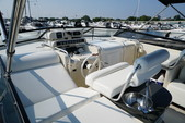 39 ft. Mainship 39 Express Express Cruiser Boat Rental Chicago Image 9