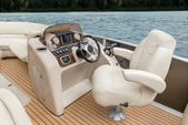 23 ft. Cypress Cay 230 Seabreeze .   Pontoon Boat Rental Dallas-Fort Worth Image 2