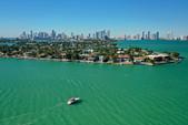 33 ft. Monterey Boats 302 Cruiser Cruiser Boat Rental Miami Image 11
