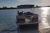 24 ft. Leisure Pontoons 2423 Navigator Deck Boat Boat Rental Miami Image 15