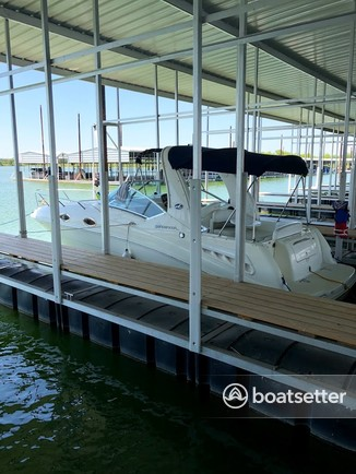 Rent a Sea Ray Boats cruiser in Lewisville, TX near me