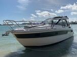 33 ft. Bavaria S33 Cruiser Boat Rental Miami Image 9