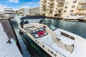 29 ft. Sea Ray Boats 290 Sundeck Bow Rider Boat Rental Miami Image 3