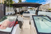 29 ft. Sea Ray Boats 290 Sundeck Bow Rider Boat Rental Miami Image 5