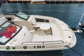 29 ft. Sea Ray Boats 290 Sundeck Bow Rider Boat Rental Miami Image 6