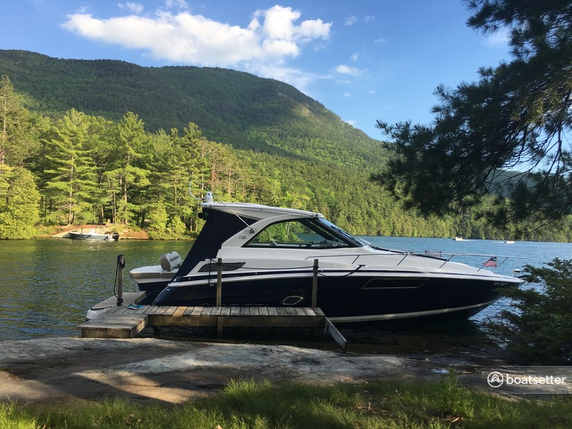 Rent a Regal Boats cruiser in Lake George, NY near me