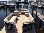 24 ft. Leisure Pontoons 2423 Navigator Deck Boat Boat Rental Miami Image 13