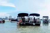 24 ft. Leisure Pontoons 2423 Navigator Deck Boat Boat Rental Miami Image 9