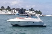 40 ft. Formula Yachts Evelyn 42 Motor Yacht Boat Rental Miami Image 1