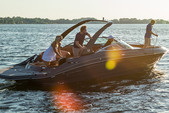 29 ft. Cruisers Sport Series 298 BR w/Sport Arch Cruiser Boat Rental Miami Image 3