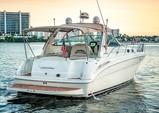 42 ft. Sea Ray Boats Sundancer Cruiser Boat Rental Miami Image 4