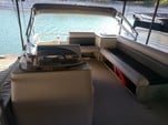 20 ft. Voyager Marine 20' Sport Cruise Deluxe Pontoon Boat Rental Austin Image 3