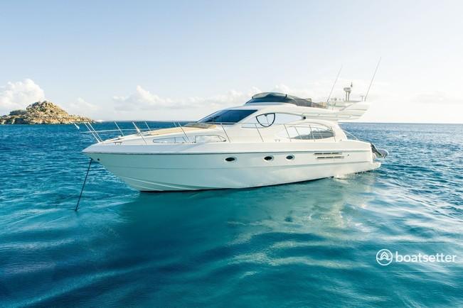 Rent a Azimut Yachts motor yacht in Miami Beach, FL near me