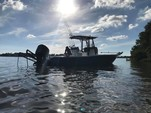 25 ft. Sea Hunt Boats BX 24 BR Center Console Boat Rental Tampa Image 2