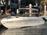 23 ft. Rinker Boats Q3 Bow Rider Boat Rental Miami Image 2