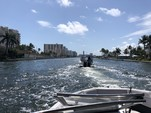 23 ft. Rinker Boats Q3 Bow Rider Boat Rental Miami Image 3
