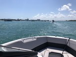 23 ft. Rinker Boats Q3 Bow Rider Boat Rental Miami Image 4