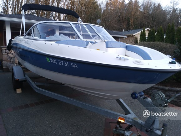 Rent a Bayliner bow rider in Port Orchard, WA near me