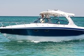 33 ft. Formula by Thunderbird F-330 Sun Sport Cruiser Boat Rental Miami Image 1